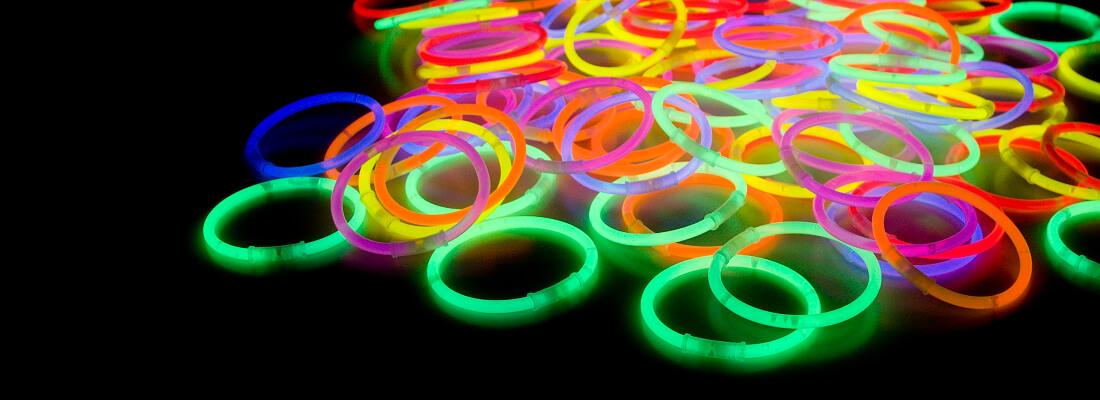 Svítící náramky