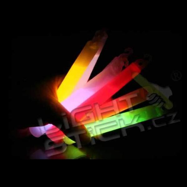 Svítící tyčinka 10ks,chemické světlo 15 cm bez obalu